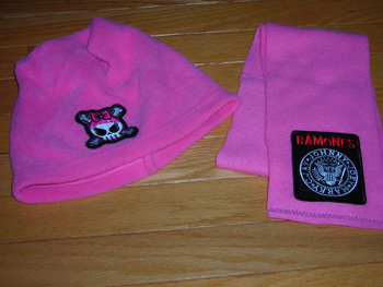 Pink skull fleece hat and scarf