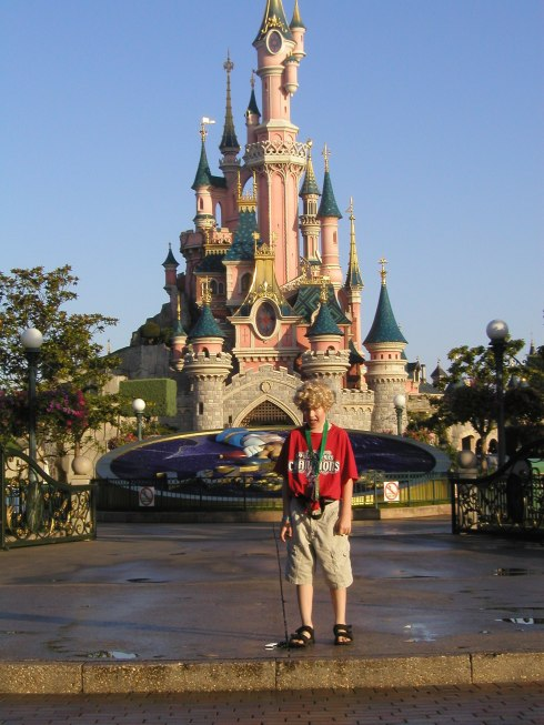 Greeting the day at Disneyland Paris, en route to our Good Morning Fantasyland breakfast
