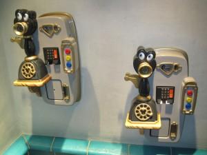 Fun Phones in Toontown